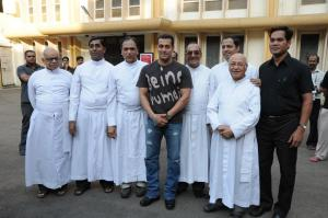 SALMAN KHAN WITH PRIESTS