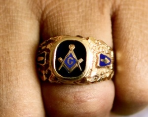 Freemason_ring_Credit_Guian_Bolisay_via_Flickr_CC_BY_SA_20_CNA_US_Catholic_News_6_10_13