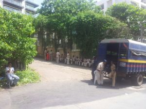 CEMENT ROAD BLOCKAGE BY POLICE 14.9.2014