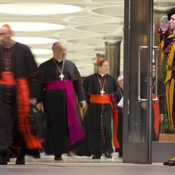 Vaticano, Papa Francesco apre il concistoro